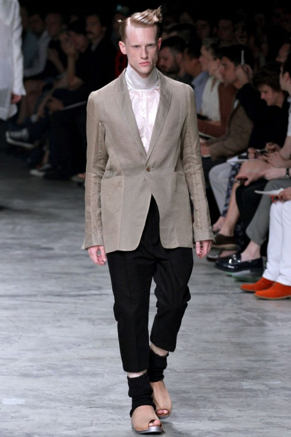 Rick-Owens-Spring-Summer-2013-Collection-For-Men-10-600x900