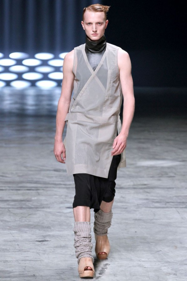 Rick-Owens-Spring-Summer-2013-Collection-For-Men-15-600x900