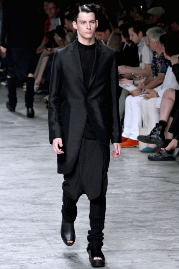 Rick-Owens-Spring-Summer-2013-Collection-For-Men-2-600x900