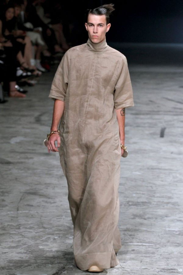 Rick-Owens-Spring-Summer-2013-Collection-For-Men-24-600x900