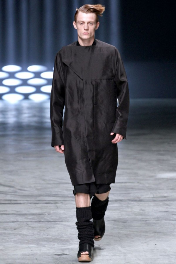 Rick-Owens-Spring-Summer-2013-Collection-For-Men-31-600x900