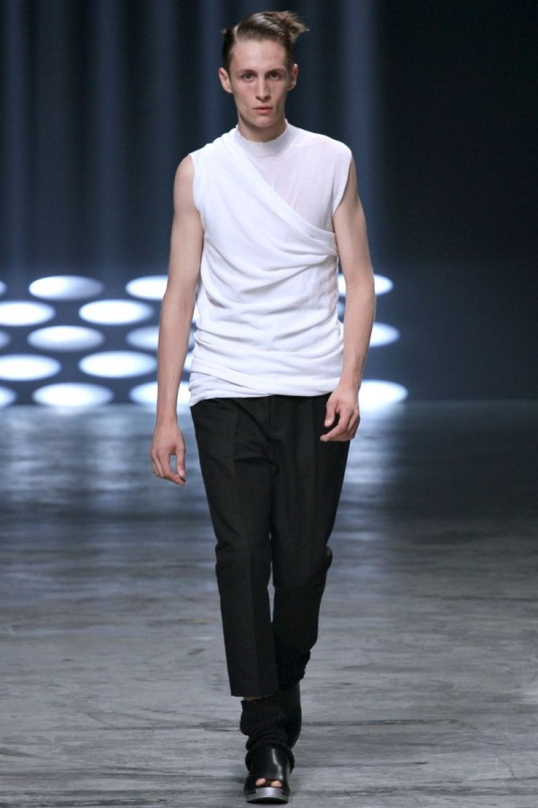 Rick-Owens-Spring-Summer-2013-Collection-For-Men-6-600x900