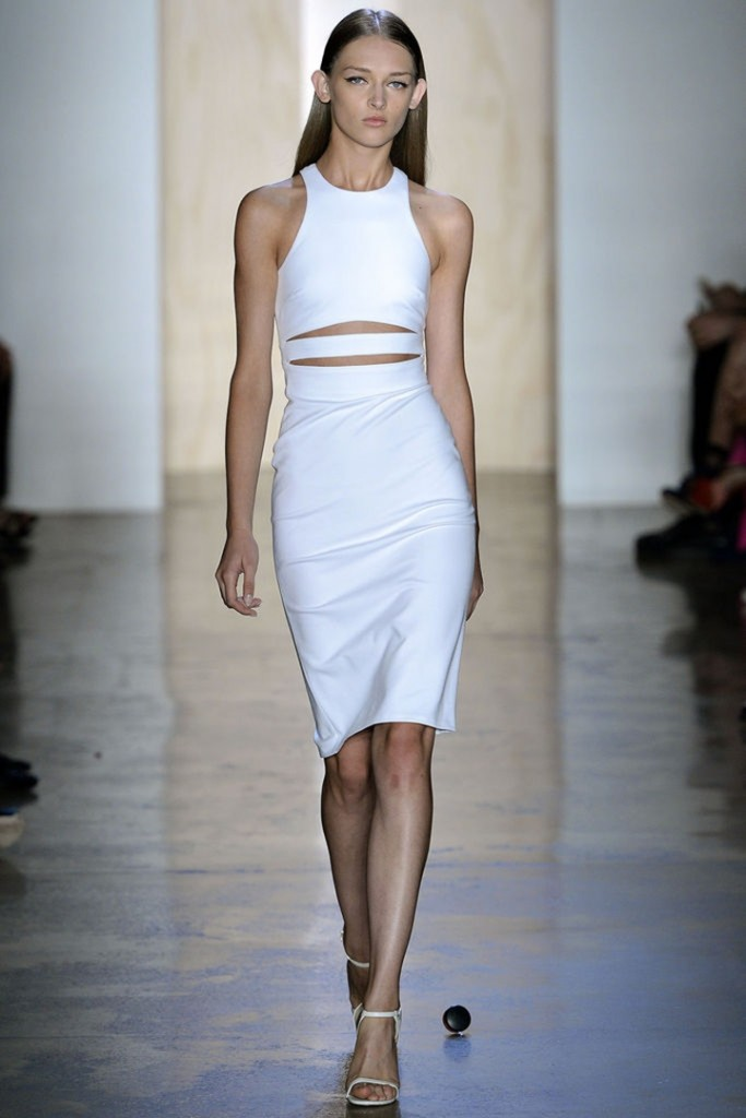 cropped-cut-out-outfits-Rochii-la-moda-2013-Cushnie-et-Ochs-SS13-683x1024