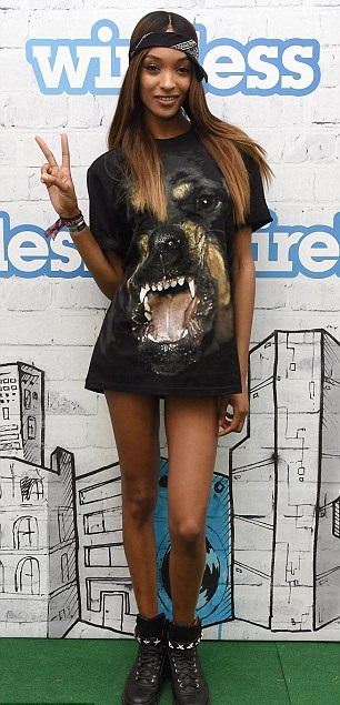 Jourdan-Dunn-In-Givenchy-Fall-2014-Rottweiler-T-Shirt-and-Givenchy-Star-Strap-High-Top-Sneakers-at-Wireless-Festival-in-Finsbury-Park-1
