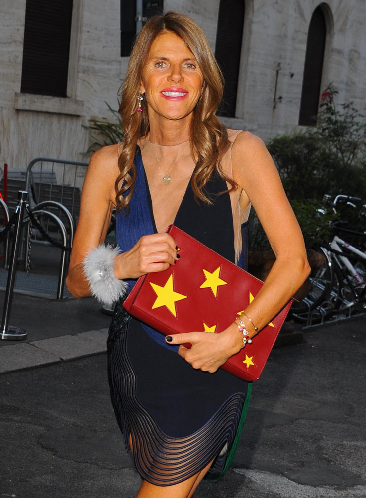 The-Many-Bags-of-Anna-Dello-Russo-41