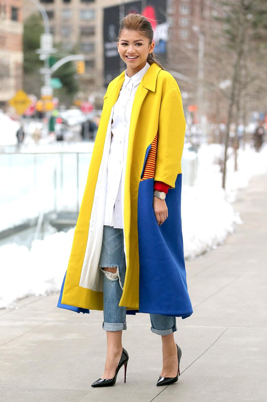 zendaya-coleman-lincoln-center-miuniku-coat-acne-shirt-rag-and-bone-jeans-christian-louboutin-pumps-1