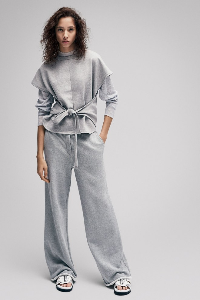 01-T-By-Alexander-Wang-Pre-Fall-17.jpg