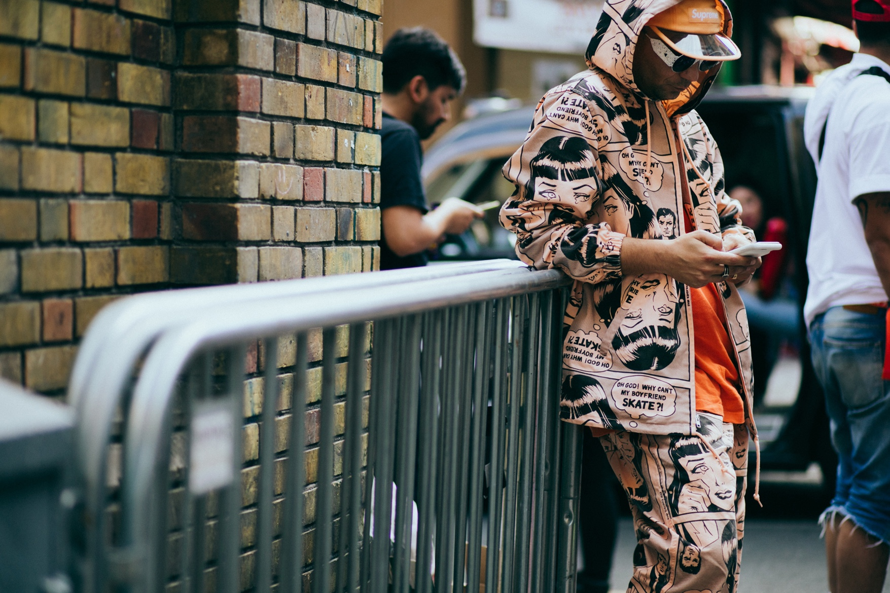 http-%2F%2Fhypebeast.com%2Fimage%2F2017%2F06%2FStreet-Style-London-Fashion-Week-Mens-Spring-01.jpg